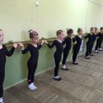 Ансамбль ЗЕРНЯТКО , група навчання другий рік, хореографія (6)