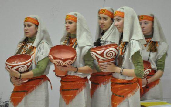 Виступ ансамблю ЗЕРНЯТКО в Київо-Могилянській академії (5)